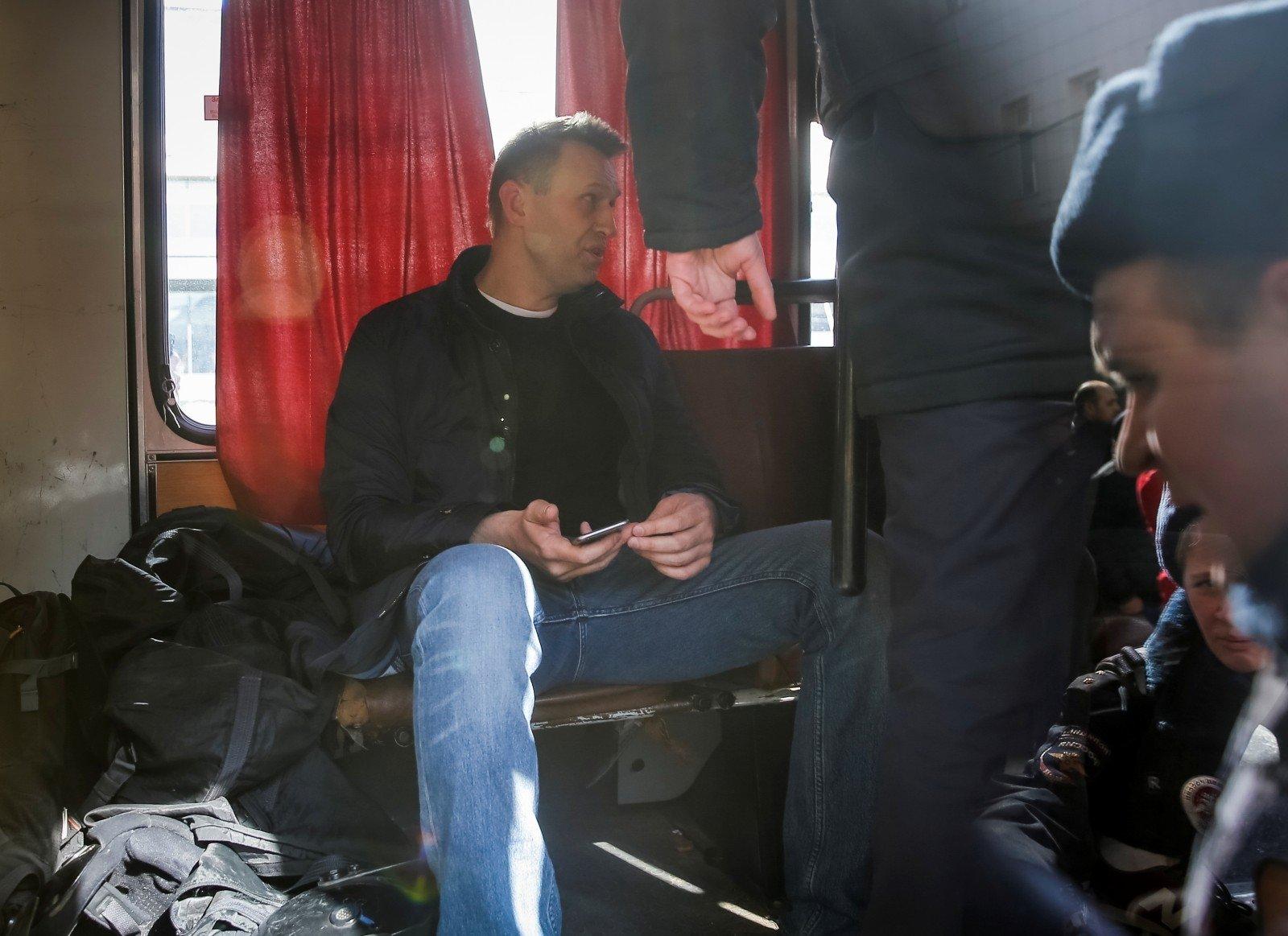Навальному напомнили озапрете выезжать заграницу