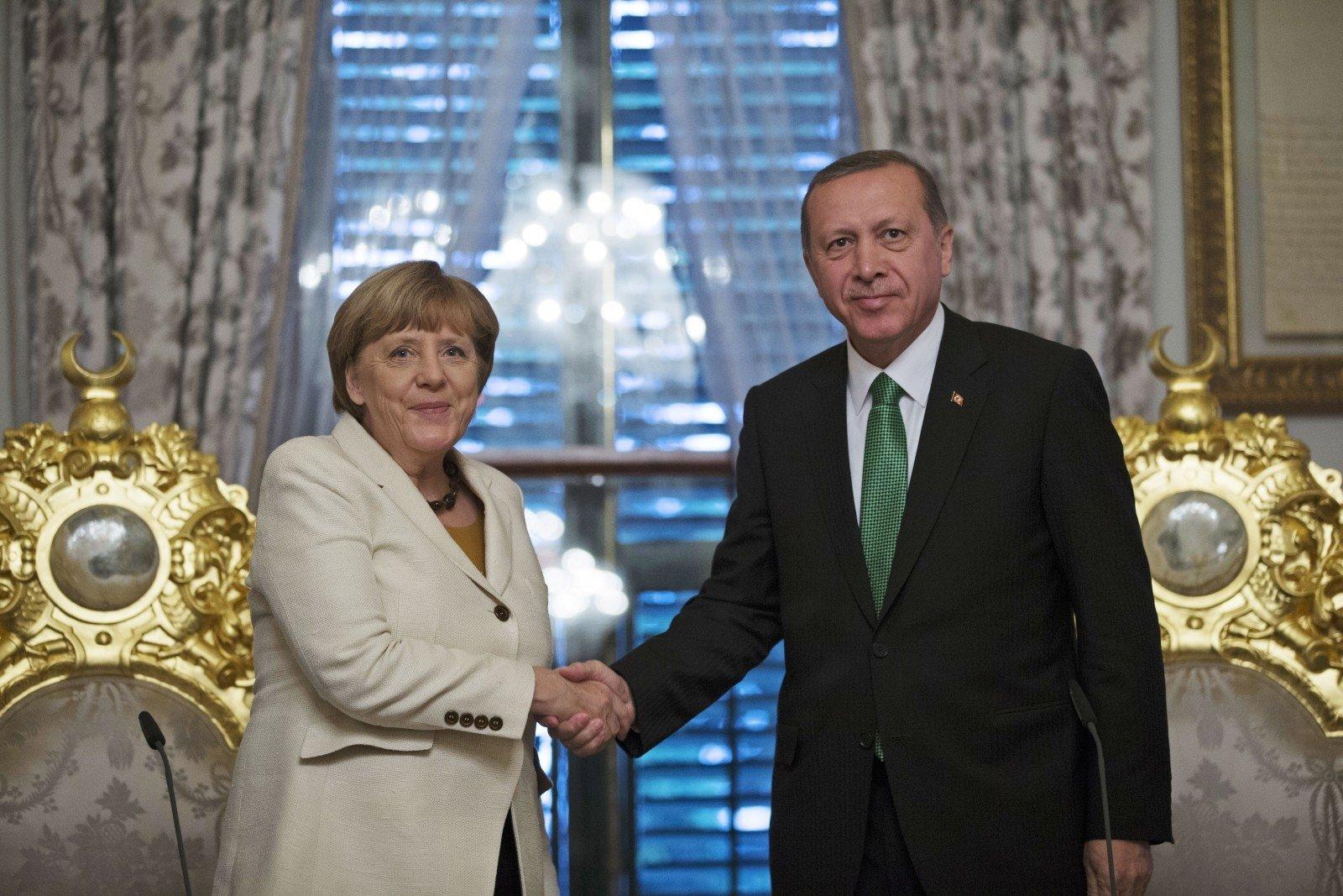 Меркель: Турция скоро может снять запрет напосещение авиабазы «Инджирлик»