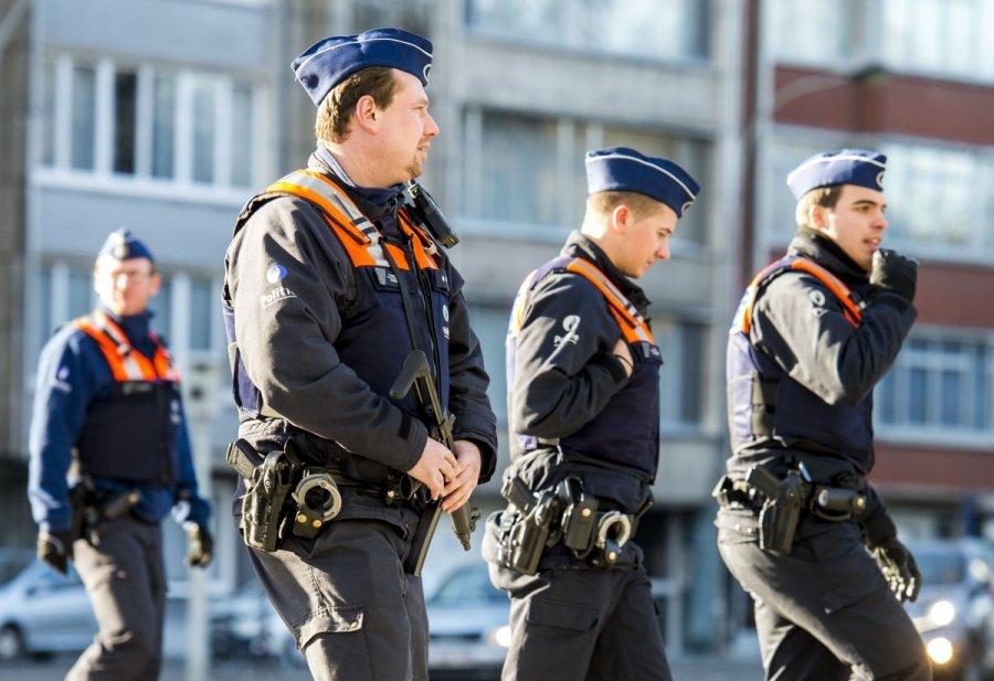 Бельгийская милиция врастерянности: мачете— главное оружие террористов?
