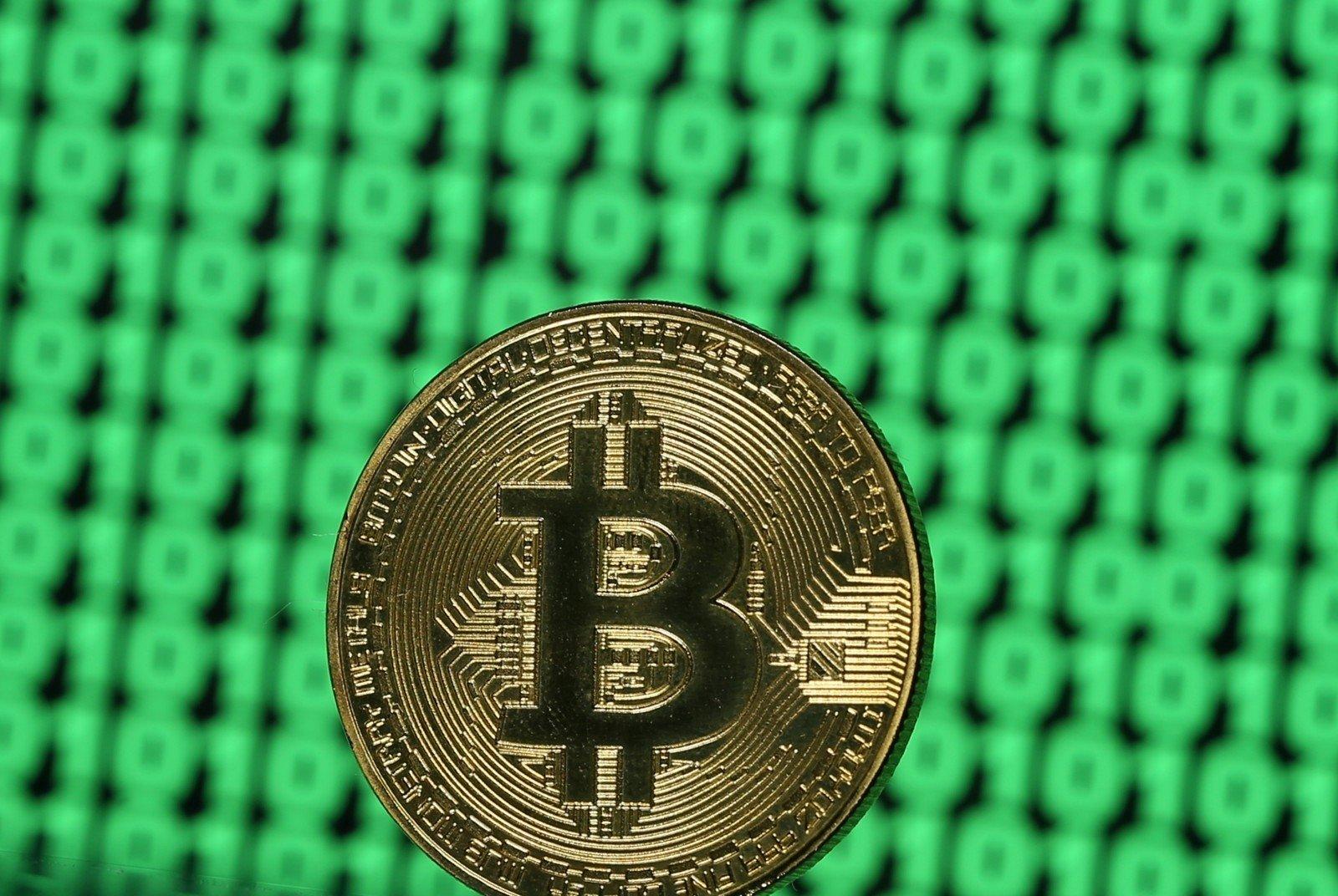 Binariniai Variantai, Kurie Priima Bitkoiną