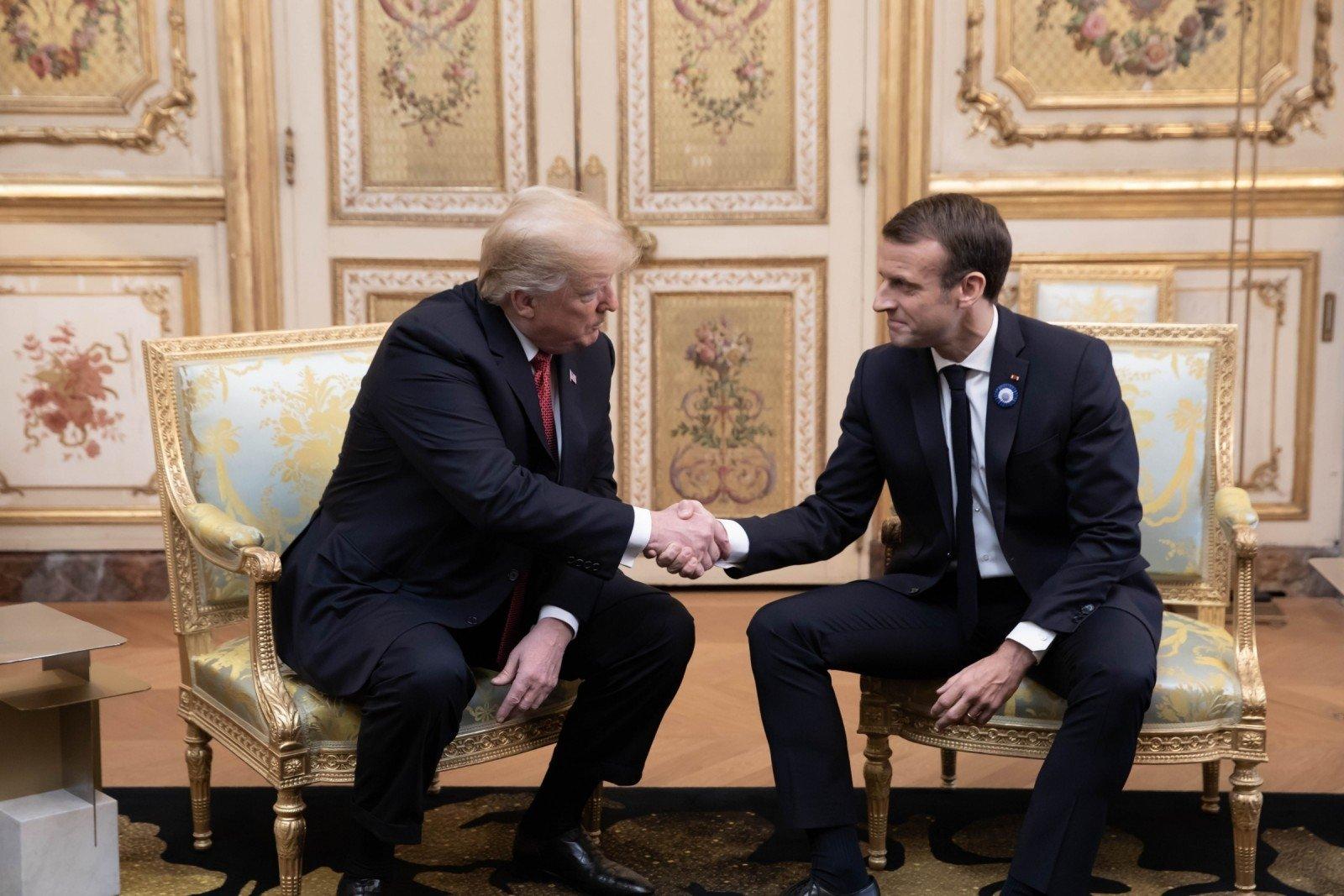 Макрон созывает «желтых жилетов» на общенациональные  дебаты— бесспорная  капитуляция
