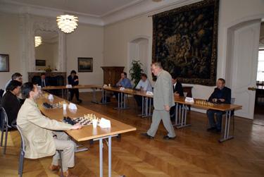 Šachmatų simultanas su V.Landsbergiu