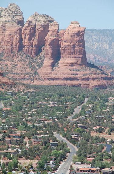Kalnų miestelis