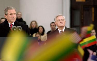 """Столтенберг - литовскому премьеру Сквернялису: """"С НАТО вы никогда не утратите независимость"""" - Цензор.НЕТ 1251"""