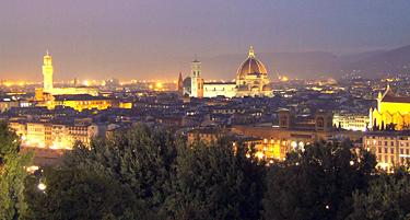 Florencija, naktinio miesto panorama