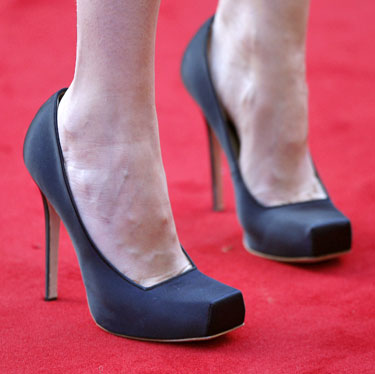 Gwyneth Paltrow bateliai, sukurti A.McQueeno