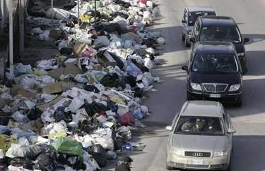 Sicilijoje ES pinigai dingsta kaip į balą