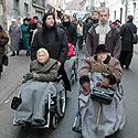 Sunkiai sergantys ir neįgalūs maldininkai