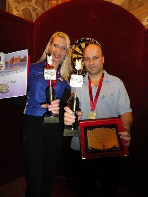 Pasaulio smiginio reitingo turnyrą Trakų pilyje laimėjo A.Čiplys ir E.Bagdonavičienė