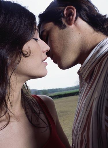 bučinys, lūpos, pora, meilė