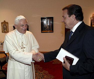 Benediktas XVI ir Gerhardas Schroederis