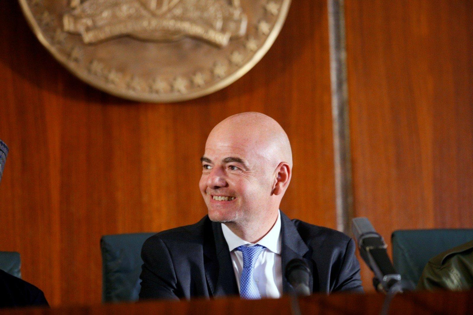 Инфантино предложит ФИФА разделить участниковЧМ на16 групп по3 команды