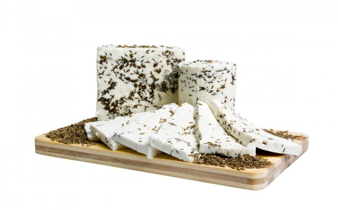 Naminis sūris su kmynais