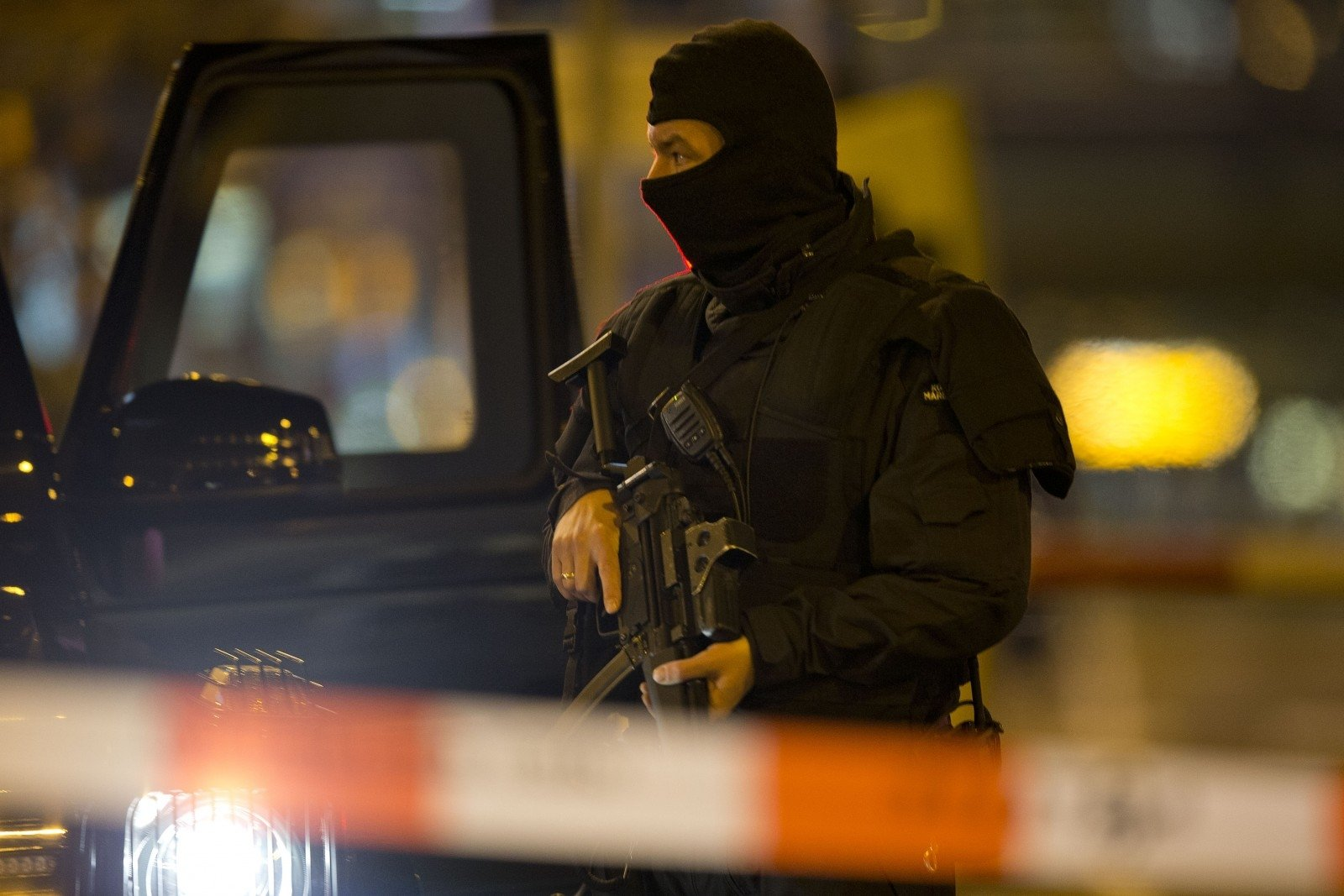 Столичный аэропорт Голландии частично эвакуирован посоображениям безопасности