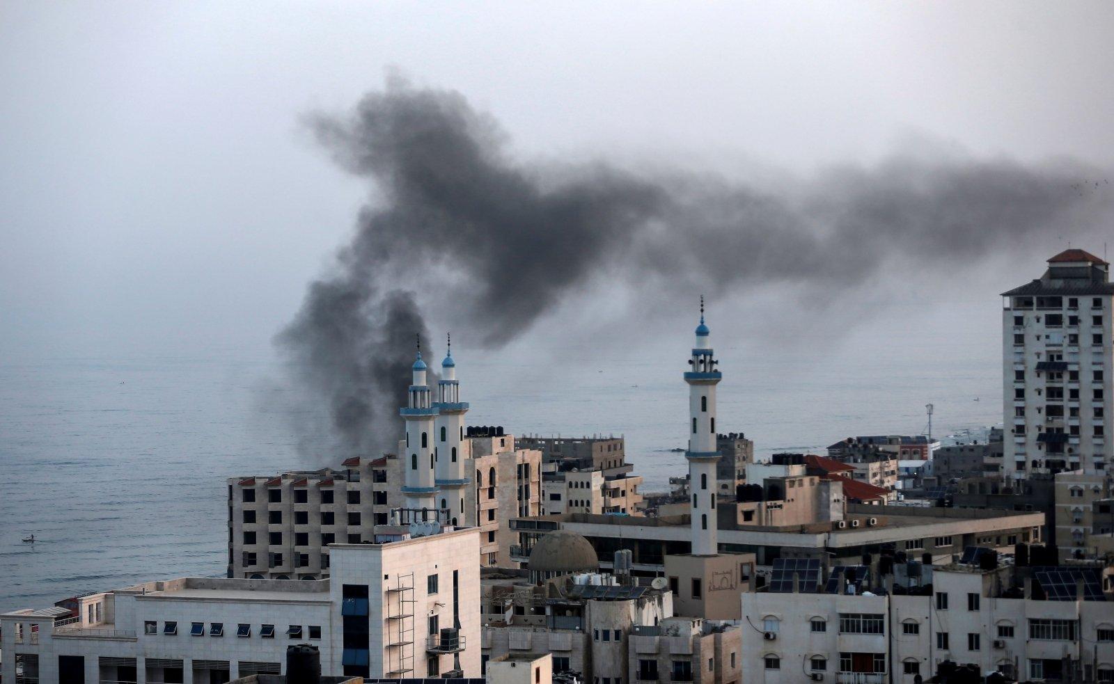 Взрывные шары из Газы - удар по Газе