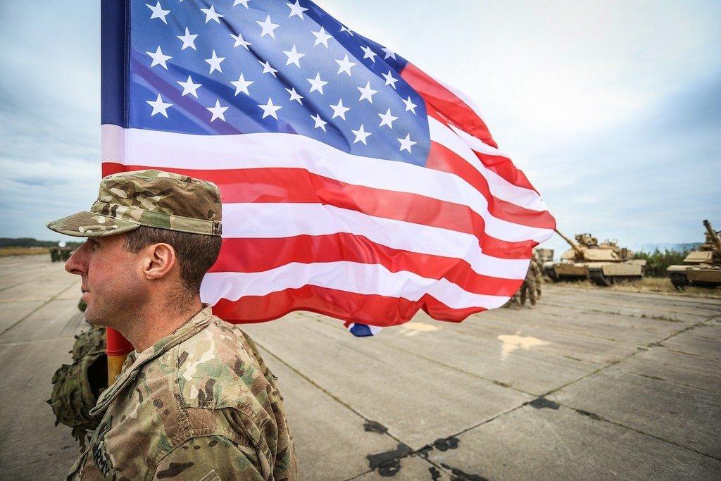 НАТО перебросила вЛитву военных