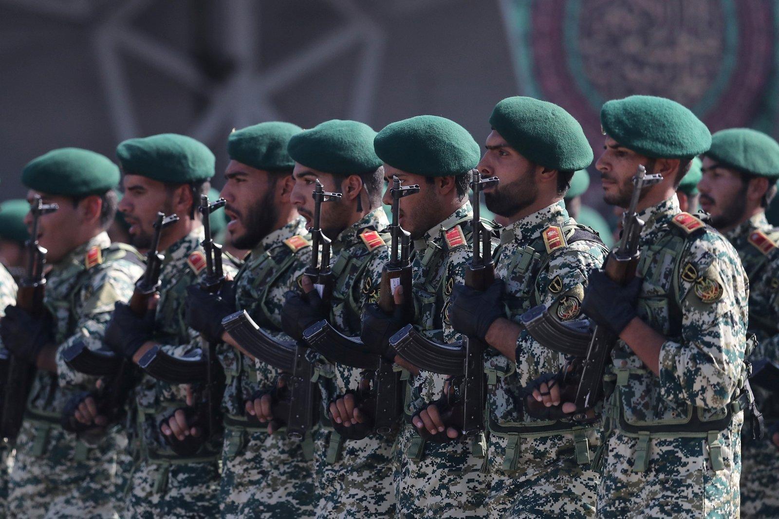 persų karinė strategija)