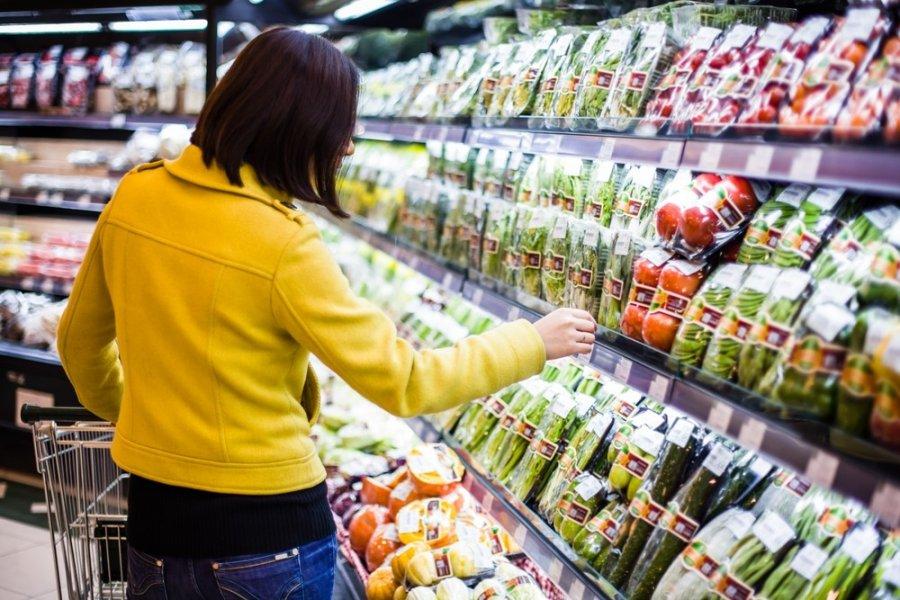Гречка подешевела, сахар дорожает. Цены на продукты питания повысились в Казахстане