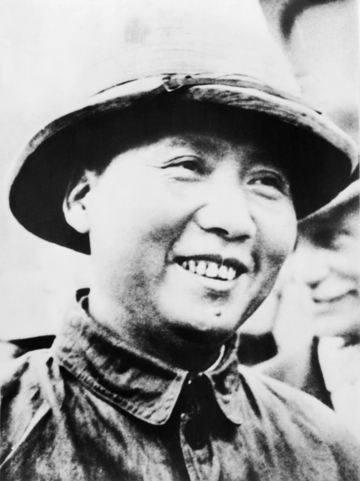 communism styles of mao zedong and kim ii sung Mao zedong communist party communist movement in korea intensified after world war ii the communist the party's eternal president is kim il sung.