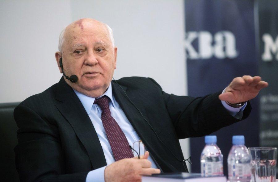 Горбачев отказался комментировать запрет навъезд вУкраину