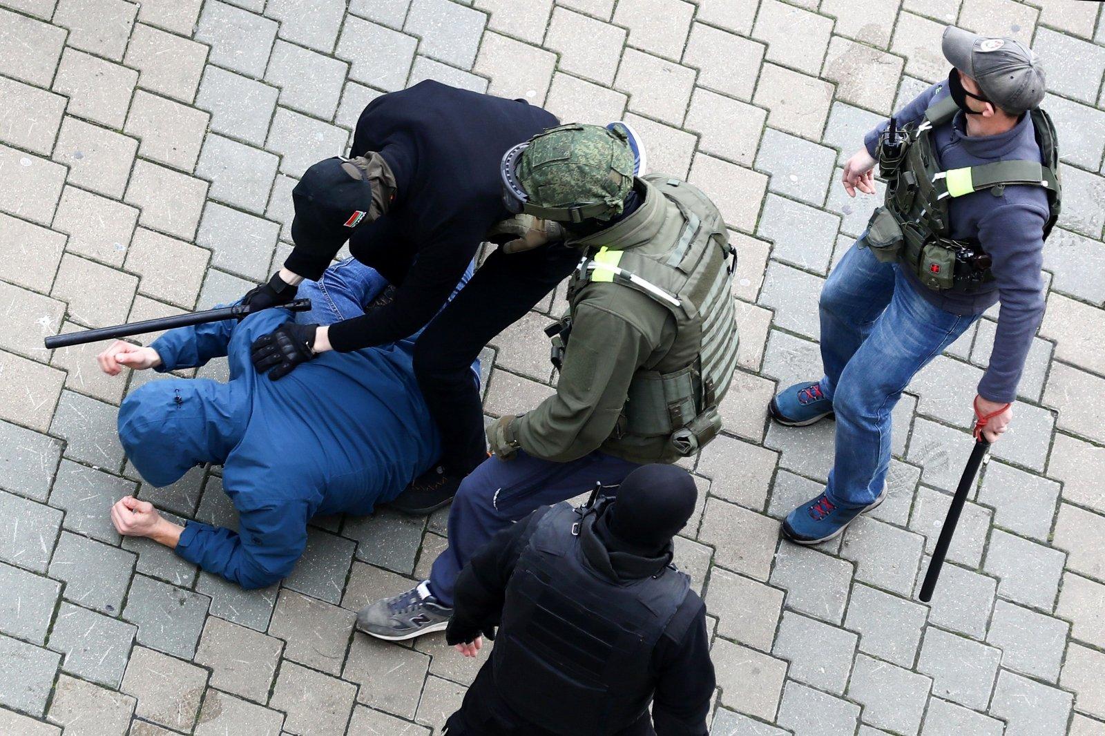 НаМарше Народовластия вРеспублике Беларусь  задержали неменее  тысячи человек— правозащитники