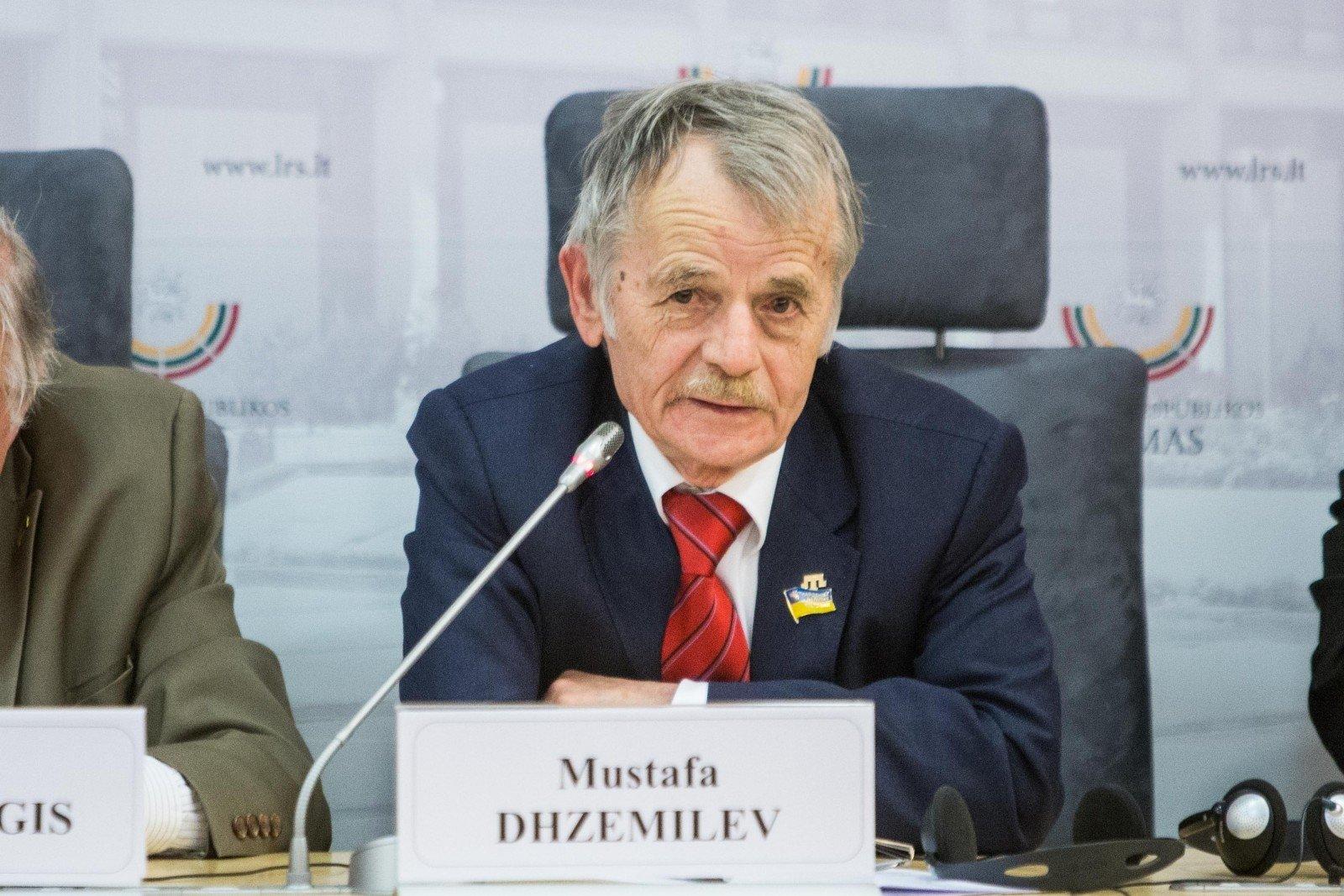 Курултай Крыма попросил передать ДУМК имущество «Меджлиса»