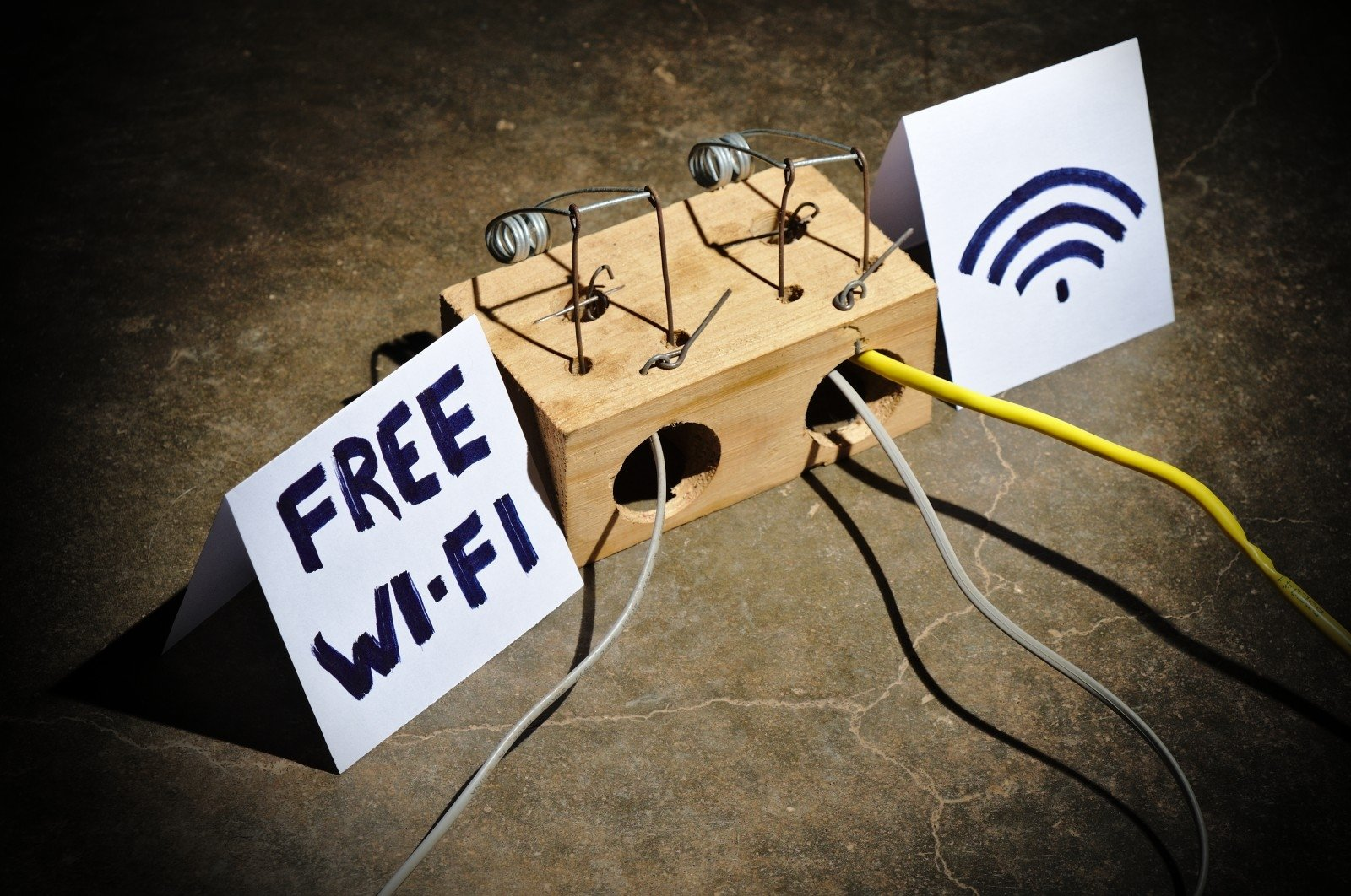 Residents are urged caution: free Internet may cost very dearly - EN
