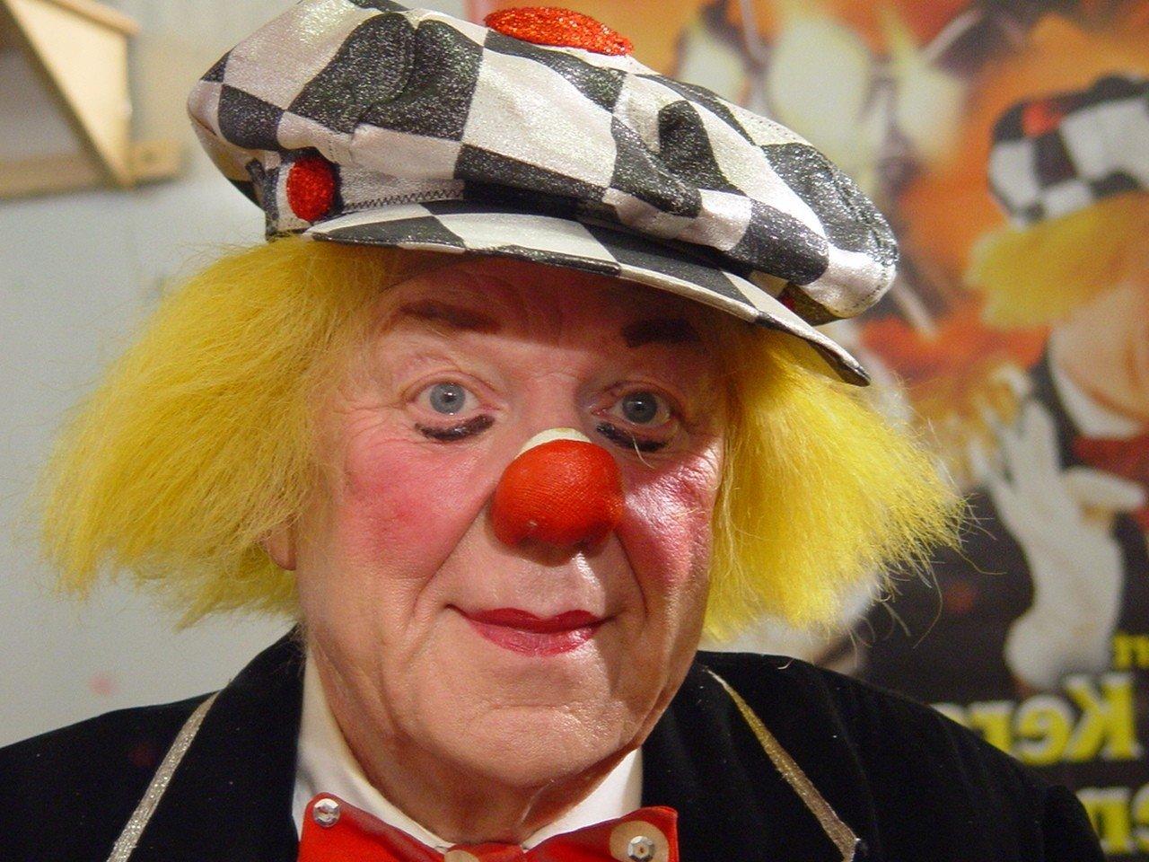 Умер всемирно известный клоун Олег Попов
