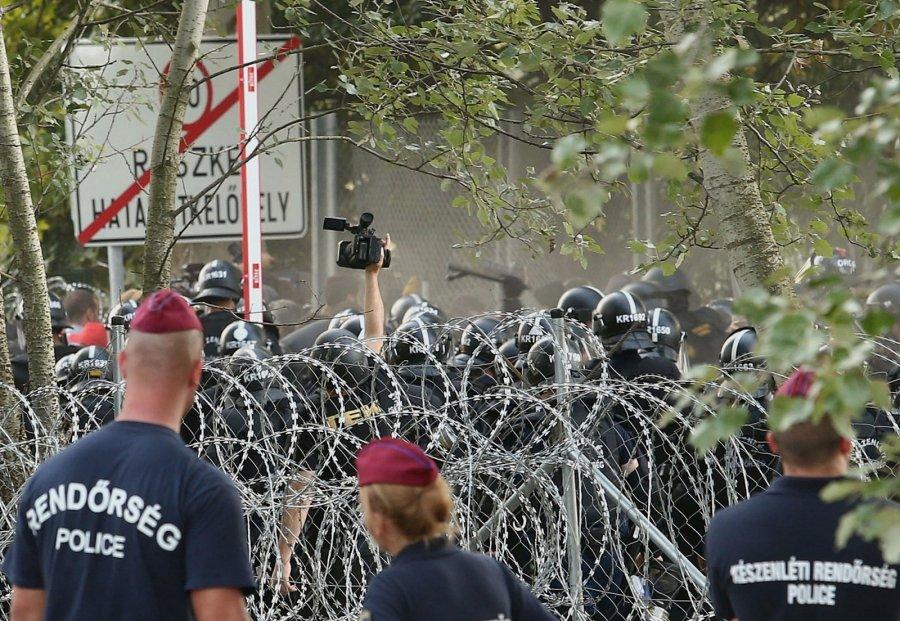Министр иностранных дел Люксембурга потребовал исключить Венгрию изЕС