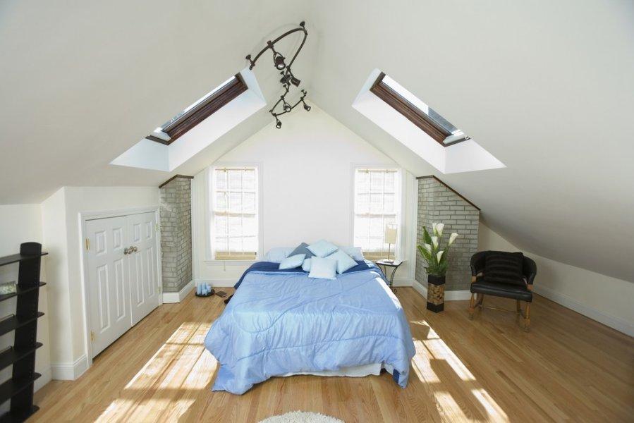 lighting ideas for attic bedrooms - Miegamasis palėpėje romantikams DELFI Gyvenimas