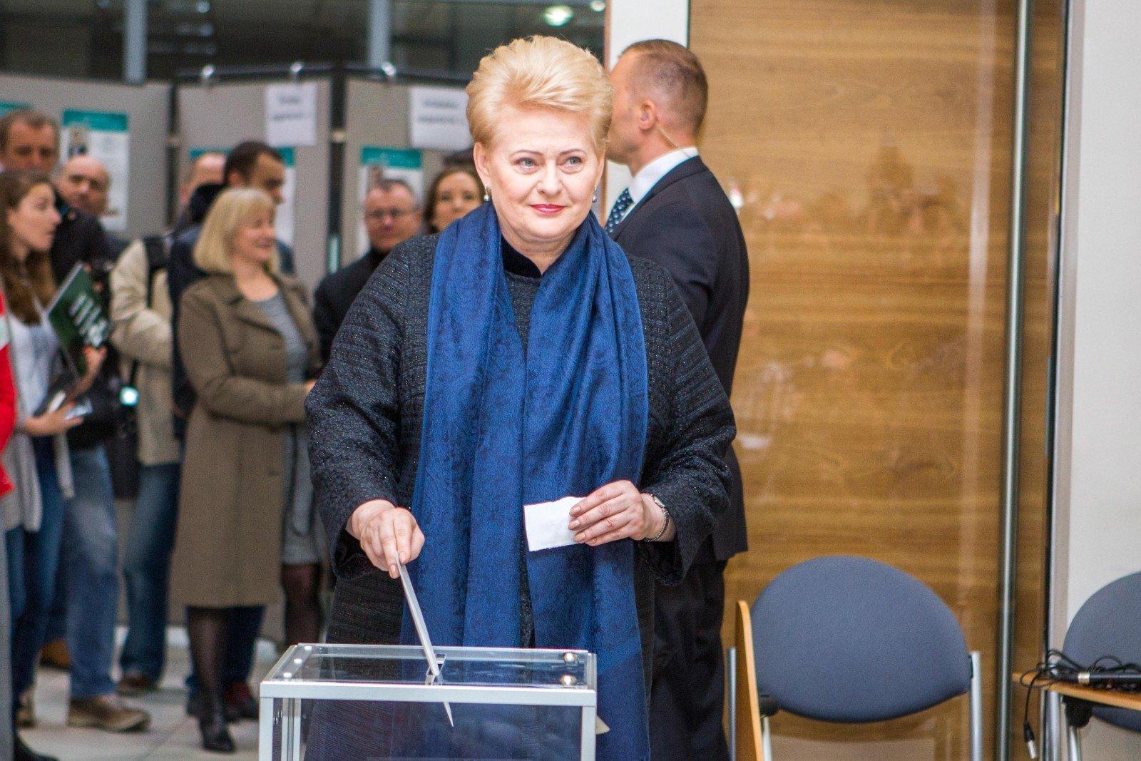 ВЛитве началось предварительное голосование навыборах впарламент