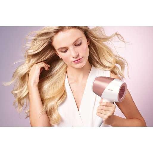 Atsakymas: kaip apsaugoti ir išlaikyti plaukus žvilgančius bei sveikus
