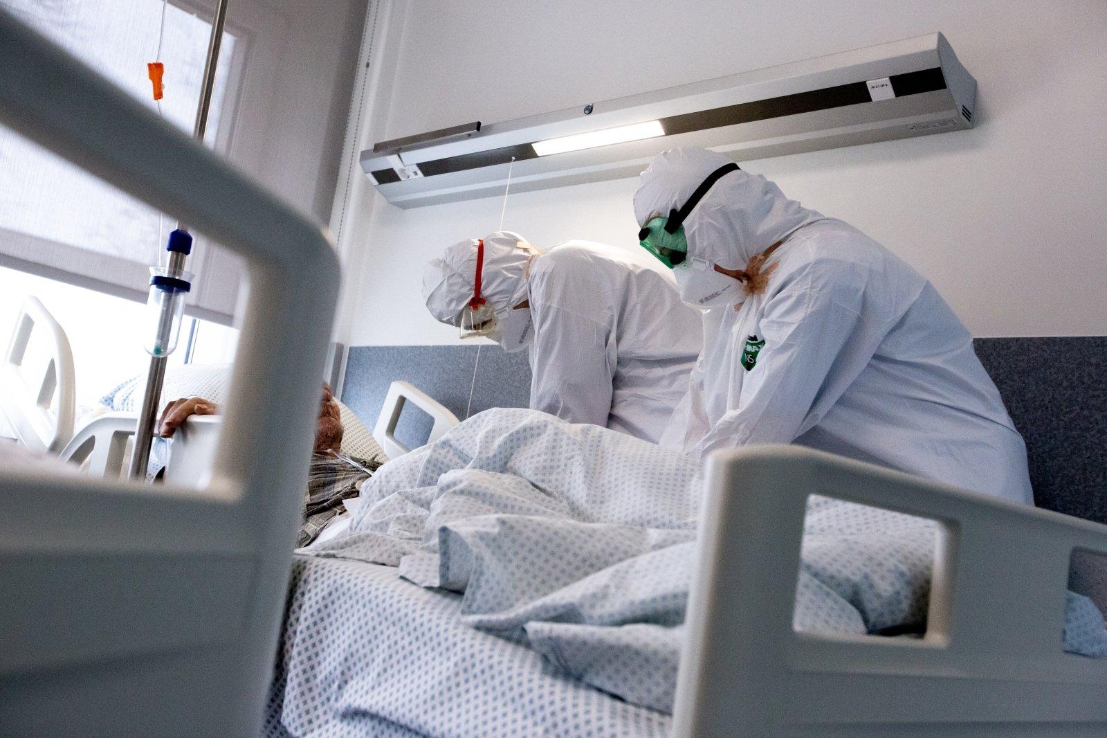 vyresnio amžiaus žmonių piktybinės hipertenzijos gydymas veiksmingos kovos su hipertenzija priemonės