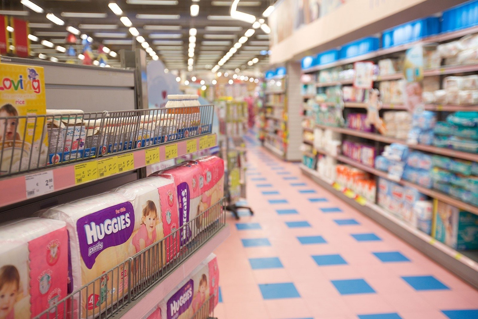 Retail market dominated by few big retailers in Lithuania
