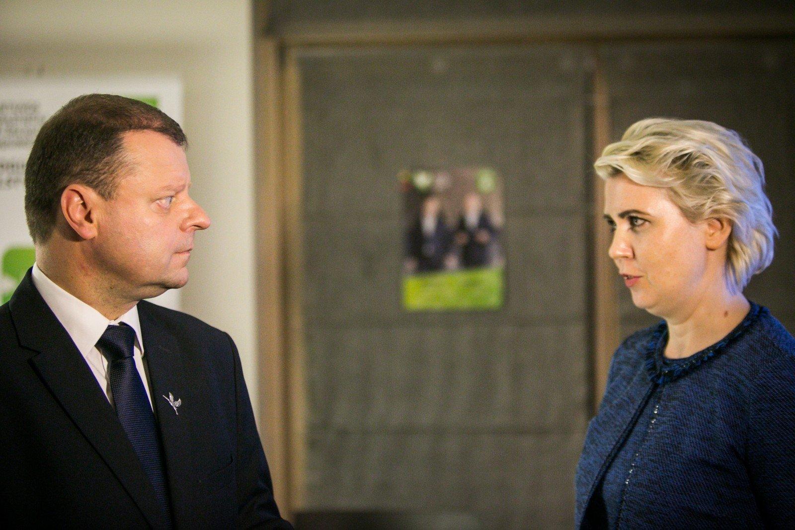 Власти Литвы посоветовали СМИ 50% публикаций отводить положительным новостям