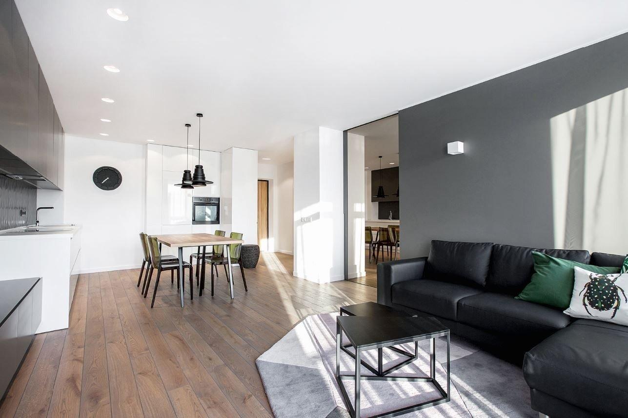 Nuomai skirto buto interjeras medin s grindys 3d for V d interior designer