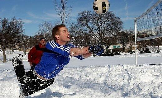 Волейбол наснегу официально признан в РФ спортивной дисциплиной